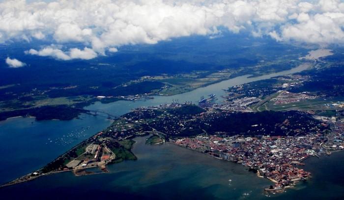 CESTOVATELSKÁ SEZNAMKA Panama je proslulá zejména Panamským průplavem, jednou z nejvýznamnějších vodních cest na světě.