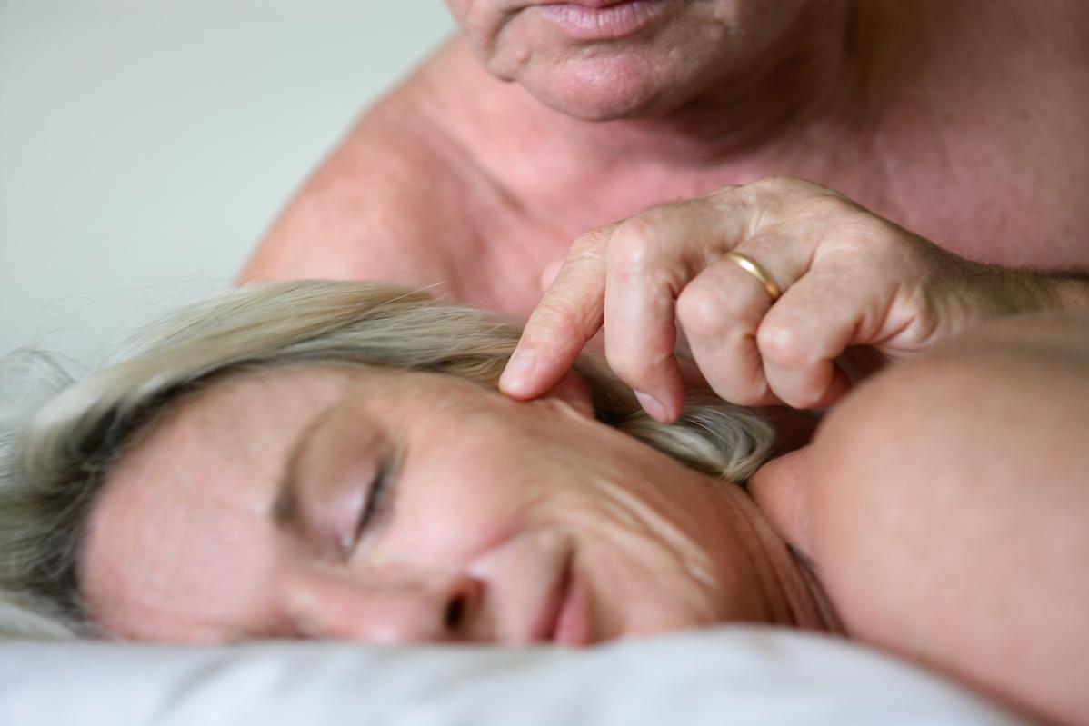 Смотреть пар онлайн пожилых увлечения секс