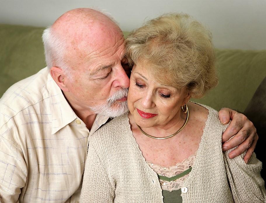 Chodit s mužem nad 55 let