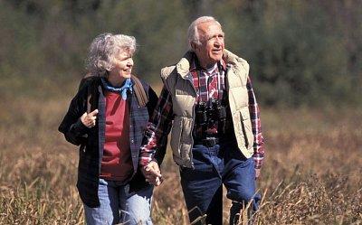VoZP: Na seniory nezapomínáme, každému přispějeme až 1400 Kč ročně