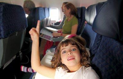 Jak zvládnout cestování s dětmi letadlem