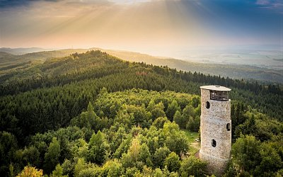 Na kole i po svých: Užijte si na Východní Moravě podzim plný barevných zážitků