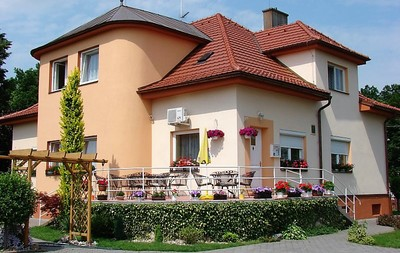 hotel_large.jpg