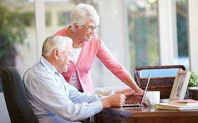 Senioři chtějí taky patřit do online světa