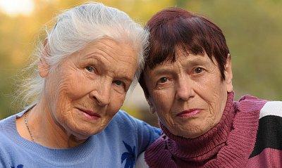 Všichni stárneme, ale ne stejně rychle. Proč biologické hodiny neukazují všem stejný čas?